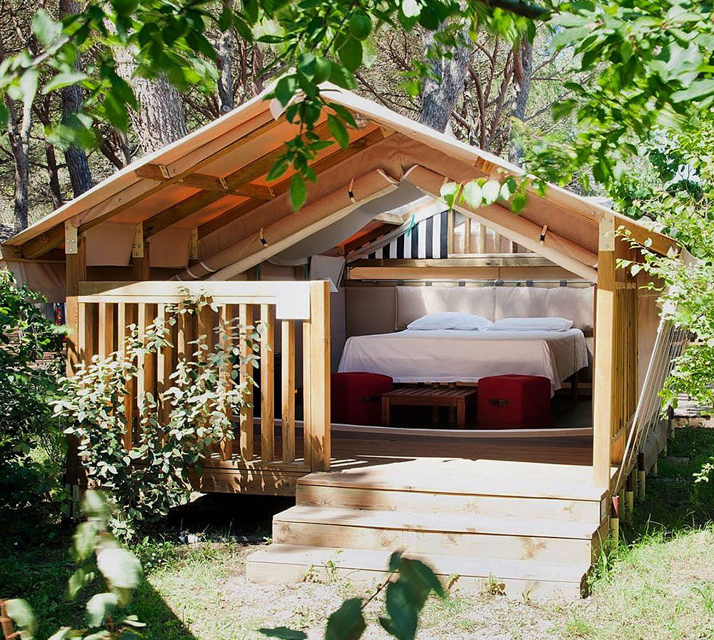 Luxury Mobile-Homes And Lodges
